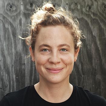 """<a href=""""http://www.raumwerkarchitekten.de/kompetenzen/team/team-3/lisa-wiemes/"""">Lisa Wiemes</a>"""
